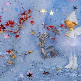 Pomysły na świąteczne prace z dziećmi w wieku żłobkowym